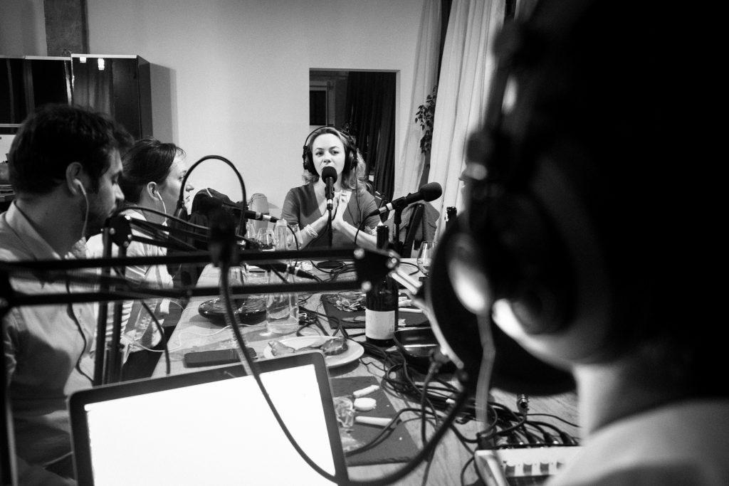 Gabrielle Vizzavona à la table de la Terre à Boire notre podcast vin.