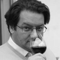 """Jérome Gagnez est l'un des chroniqueurs Vins de la célébe émission culinaire """"On Va Déguster"""" sur France Inter. Il est avant tout un amoureux du Vin sous toutes ses formes."""